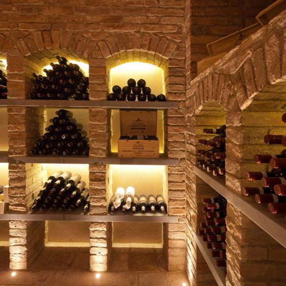 Villa San Luigi: EATING & DRINKING